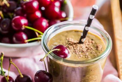 Boost Yourself Choco supertoidusegu ja toorkakao aitavad smuuti magneesiumirikkaks muuta