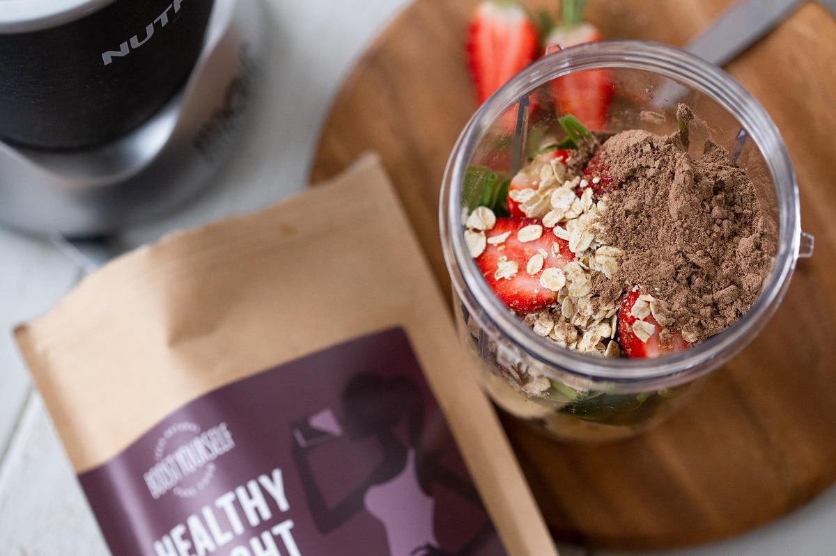 Boost Yourself Healthy Weight supertoidusegu sisaldab taimset valku ja aitab hoida kõhu kauem täis